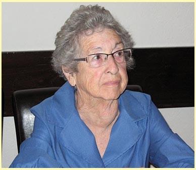 רות אלעד